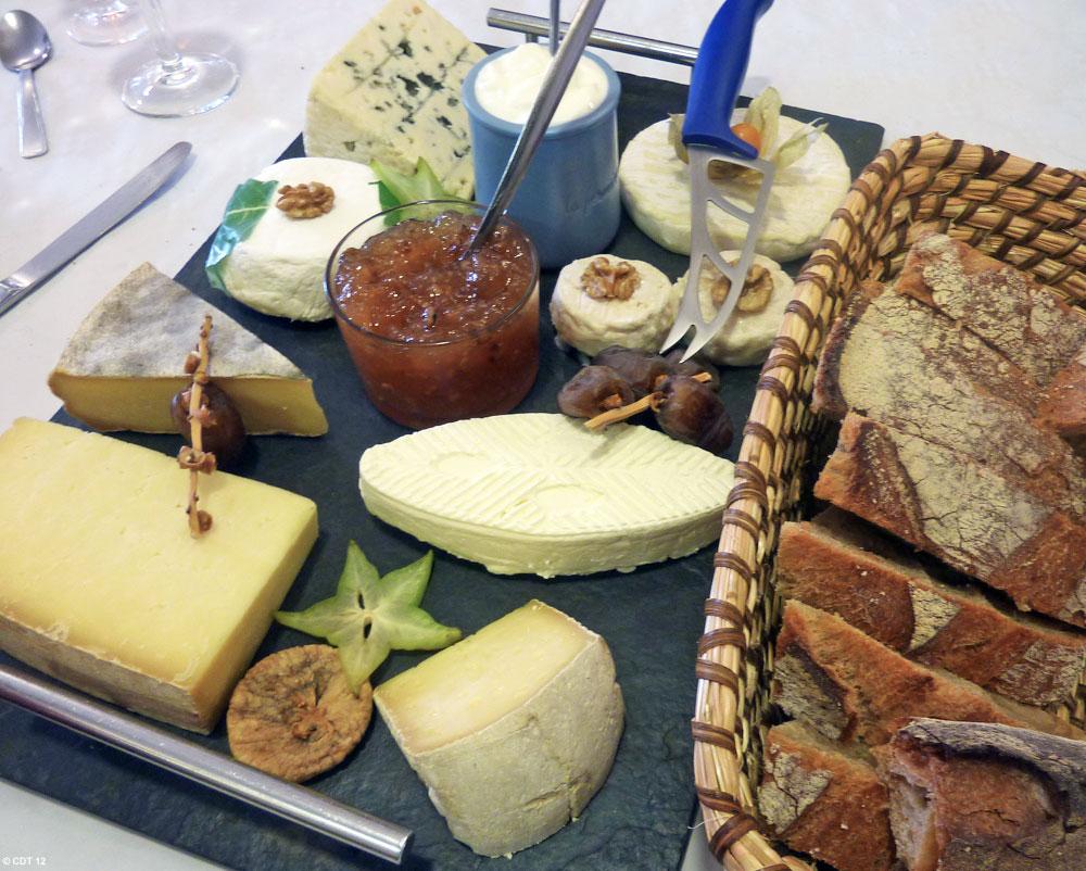 Plateau de fromages de l'Aveyron © CDT 12
