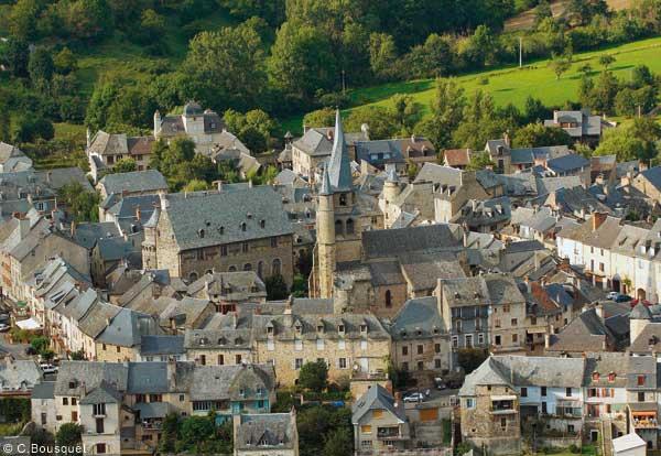 Saint-Côme d'Olt en Aveyron ©C.Bousquet