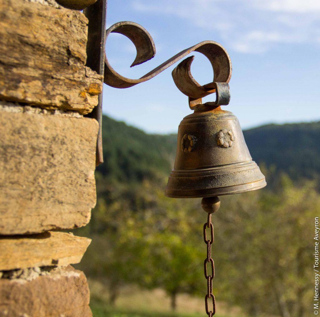 Cloche, Ferme de Falgayroles, Aveyron © M. Hennessy - Tourisme Aveyron