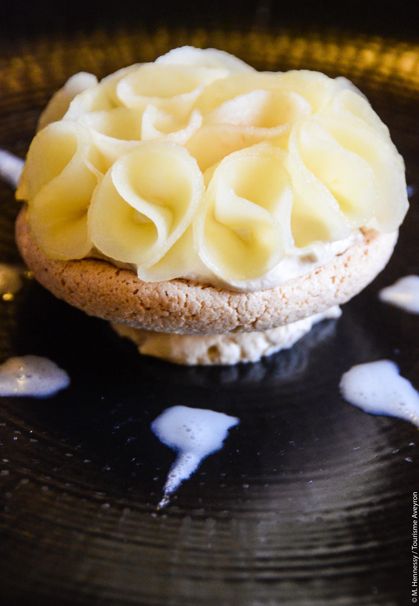 """Macaronade"" de pommes © M. Hennessy"