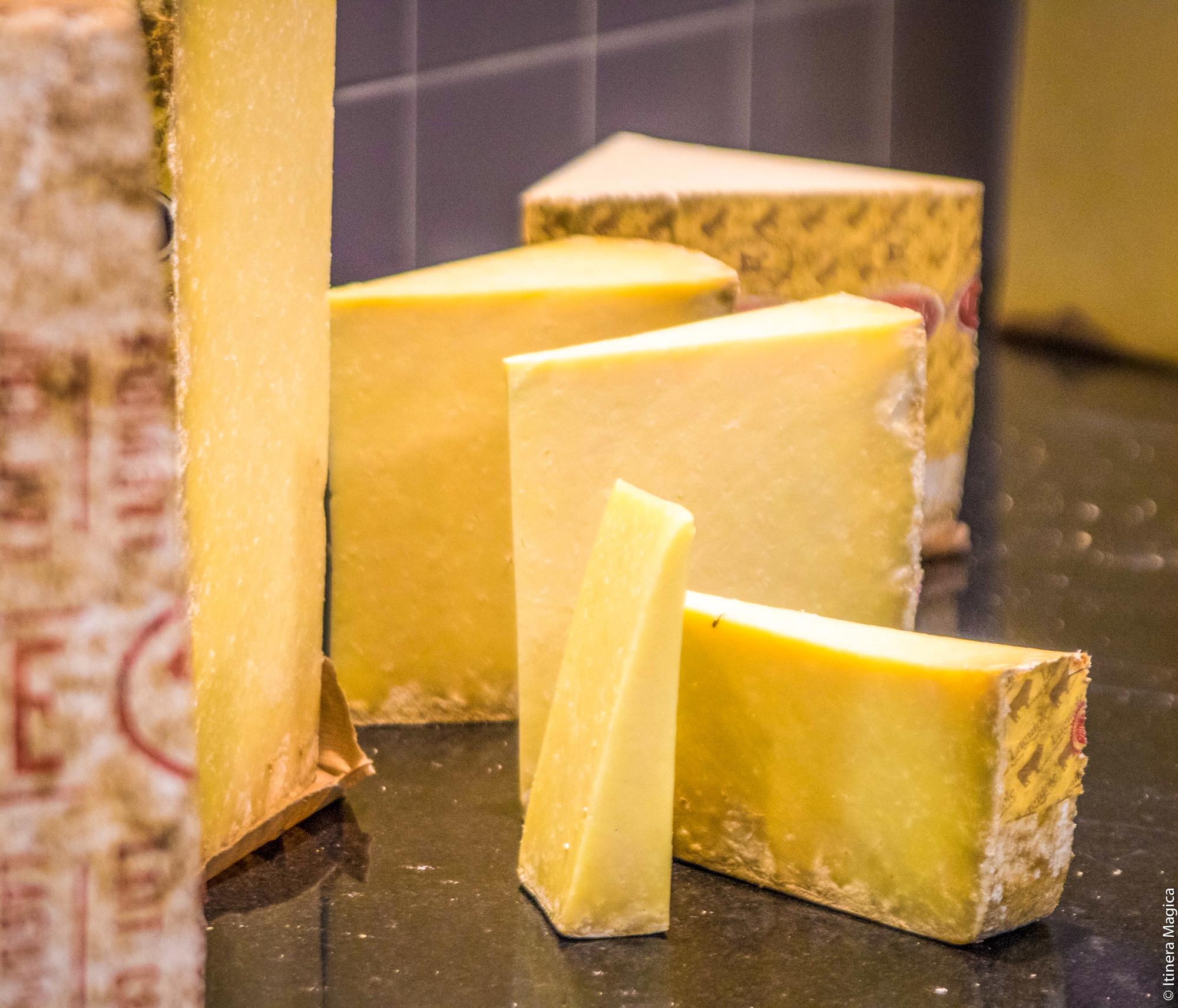 Fromage de Laguiole, Aveyron © Itinera Magica