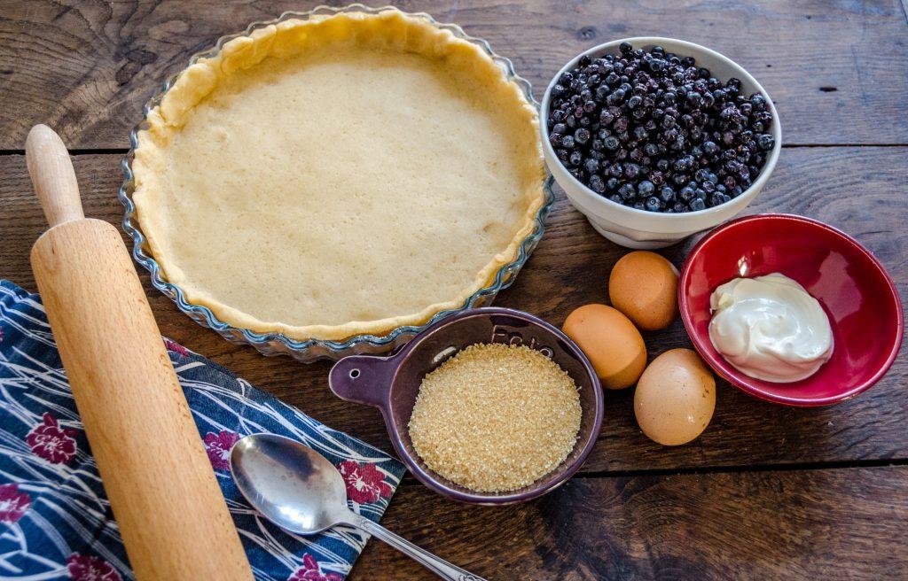 Ingrédients de la tarte aux myrtilles de l'Aubrac © M. Hennessy - Tourisme Aveyron