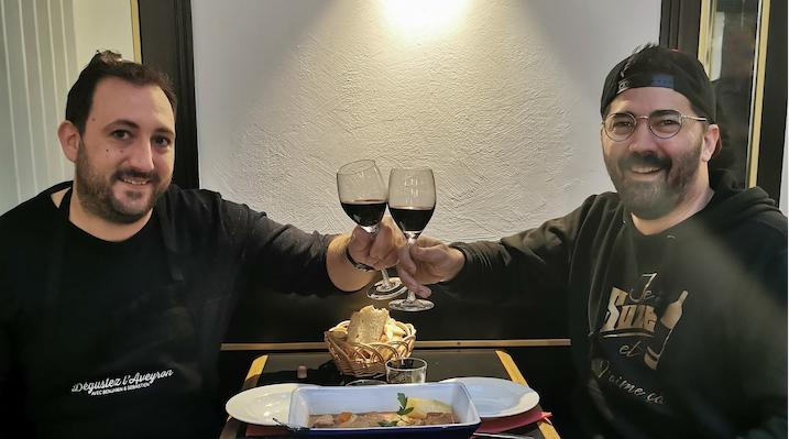 Benjamin et Sébastien préparent le teaser de Dégustez l'Aveyron !